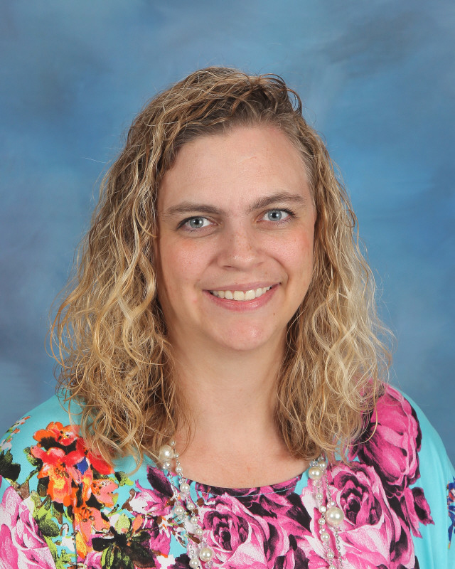 Jennifer Elrod Named Teacher of the Year!