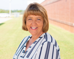 Donna Garner named District Support Staff of the Year
