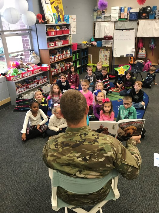 Veteran's Day Storytime in Kindergarten