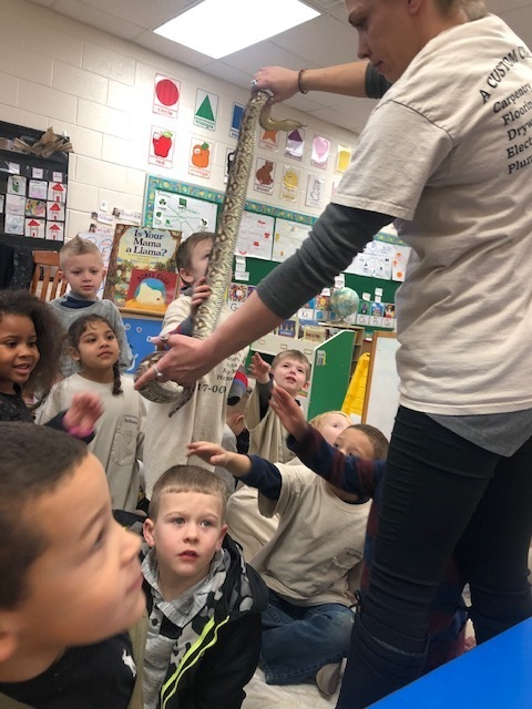 Students learning about animals