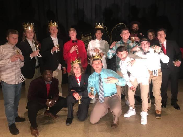 Mr. CHS contestants!